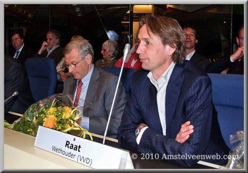 2010-28-4 John Levie Herbert Raat