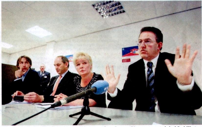 2004-Herbert Raat.Job Cohen Ahmed Aboutaleb in Oud-West