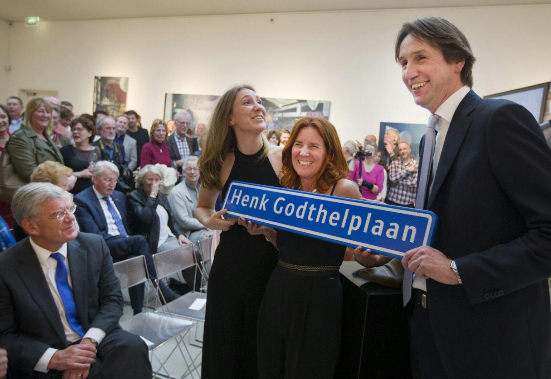 2016-Roos, Chris Godthelp en Herbert Raat in Jan van der Togtmuseum.