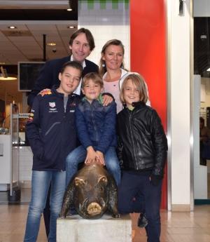 2018-Het Zwijnteje Amstelveen Tamara, Thomas, Floris, Olivier Meinesz en wethouder Herbert Raat