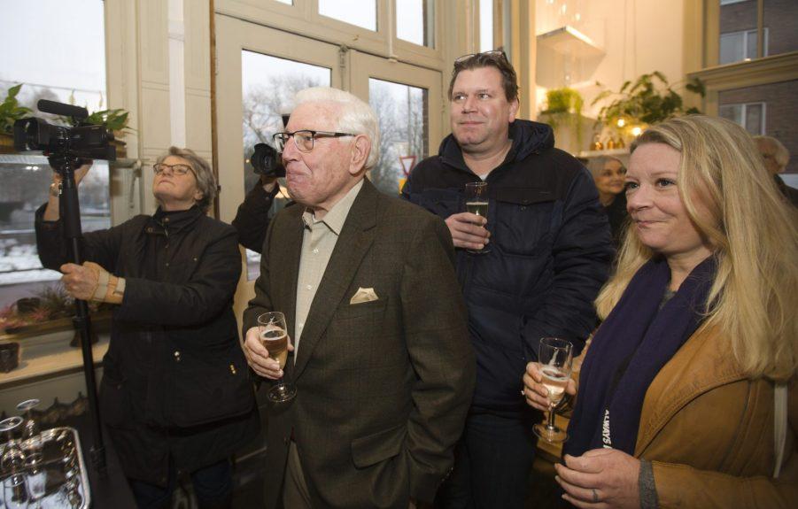 2019-25-1 José Toth, Oud-wethouder Piet van den Heuvel en Linda du Prie