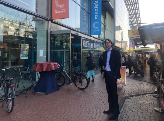 2019- Herbert Raat stadsplein_markt-