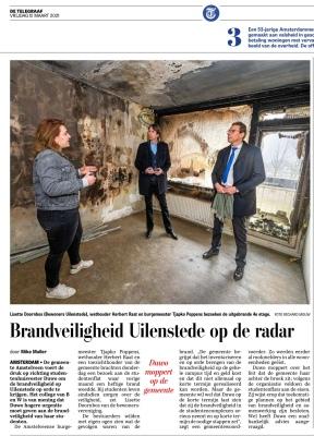 12-3-2021; De Telegraaf; burgemeesterTjapko Poppens en wethouder Herbert Raat op bezoek bij getroffen studenten Uilenstede